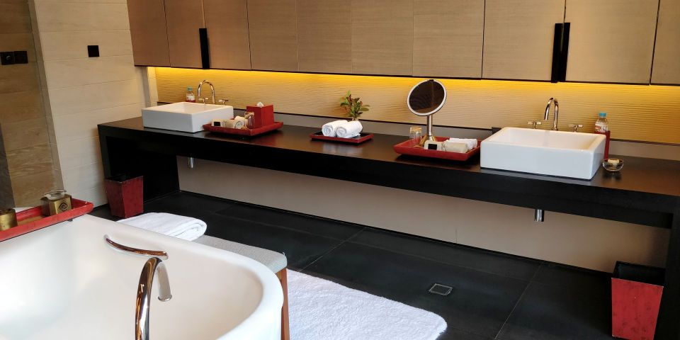 Ahn Luh Zhujiajiao Bathroom