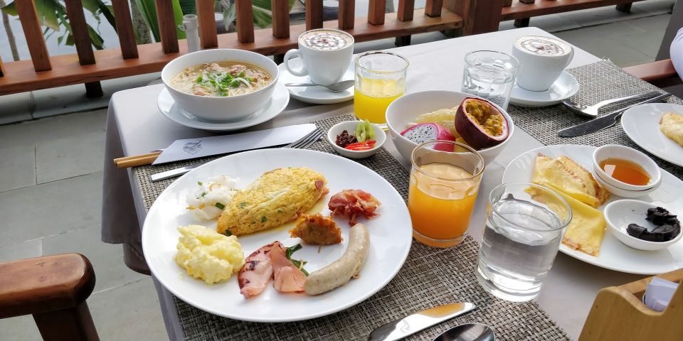 Vedana Lagoon Resort Breakfast