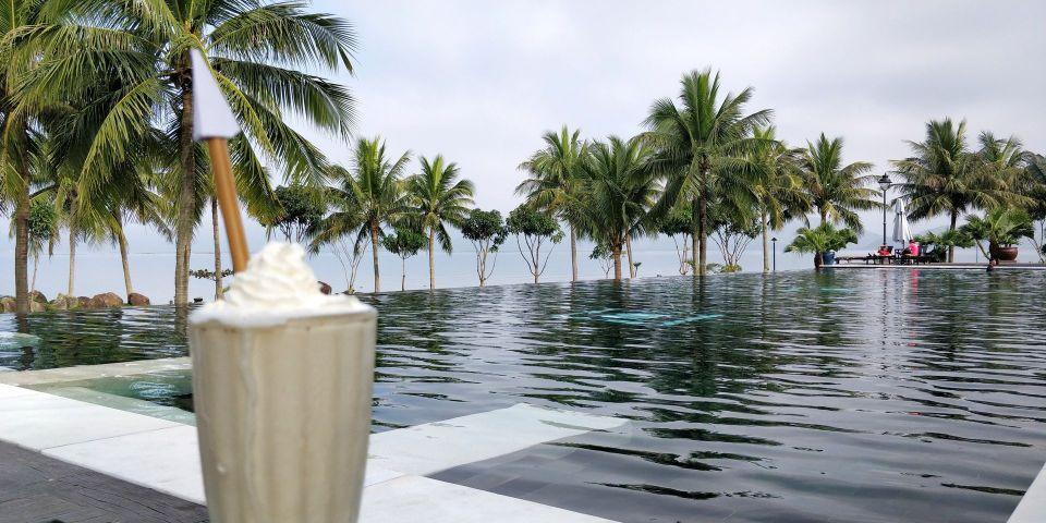 Vedana Lagoon Resort Pool Bar