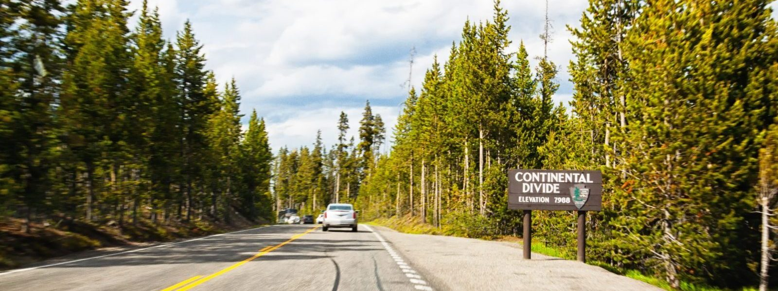 Yellowstone Travel -passing the Continental Divide