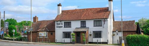 Boat and slipper pub