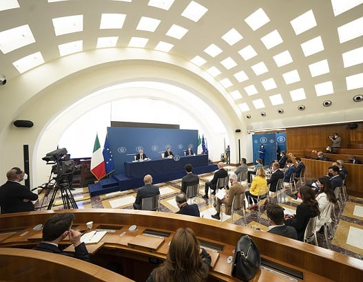 PM Draghi: Italy reopenings a result of vaccinations
