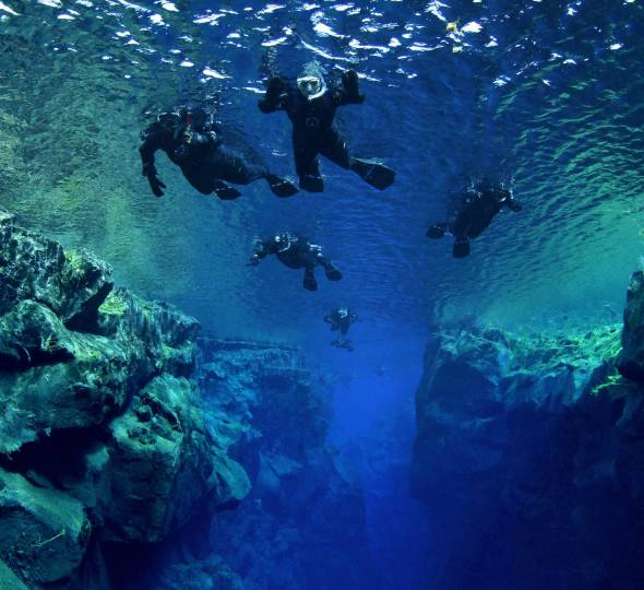 Full-time travel begins June 2018 re-visiting Iceland!