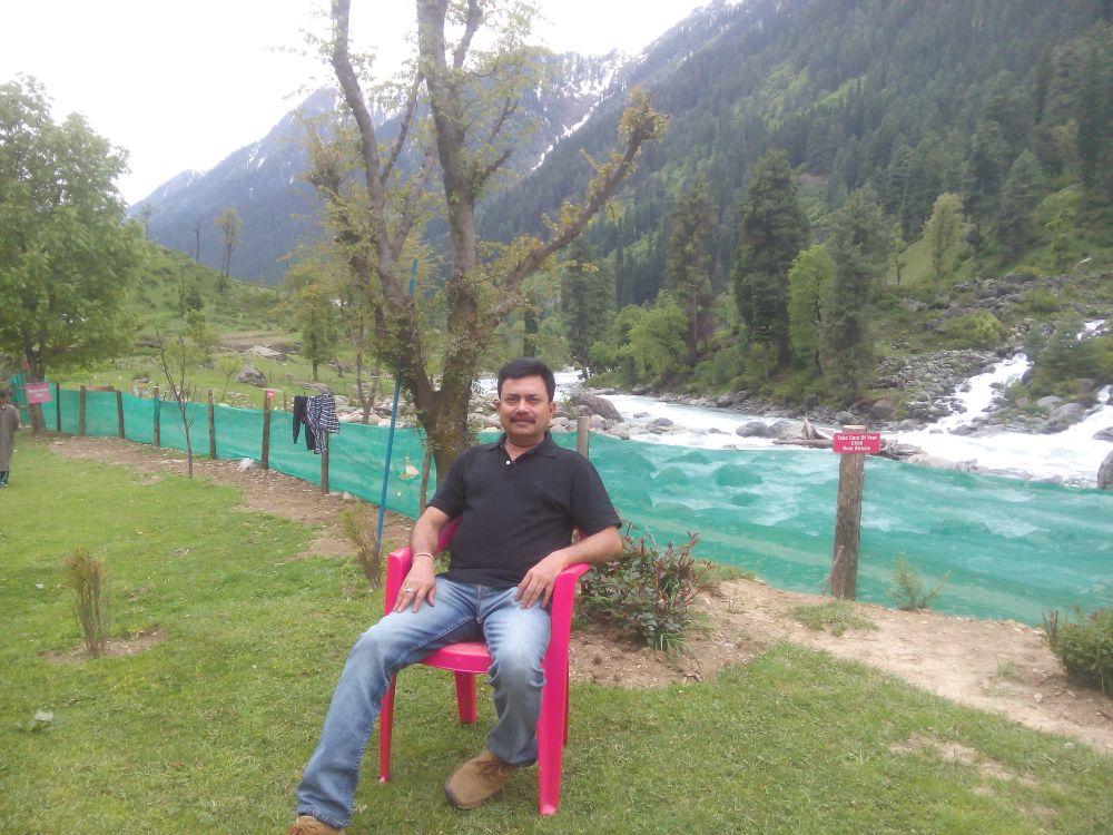 Lidder River opposite Riverfront Guest House, Pahalgam, Kashmir, India