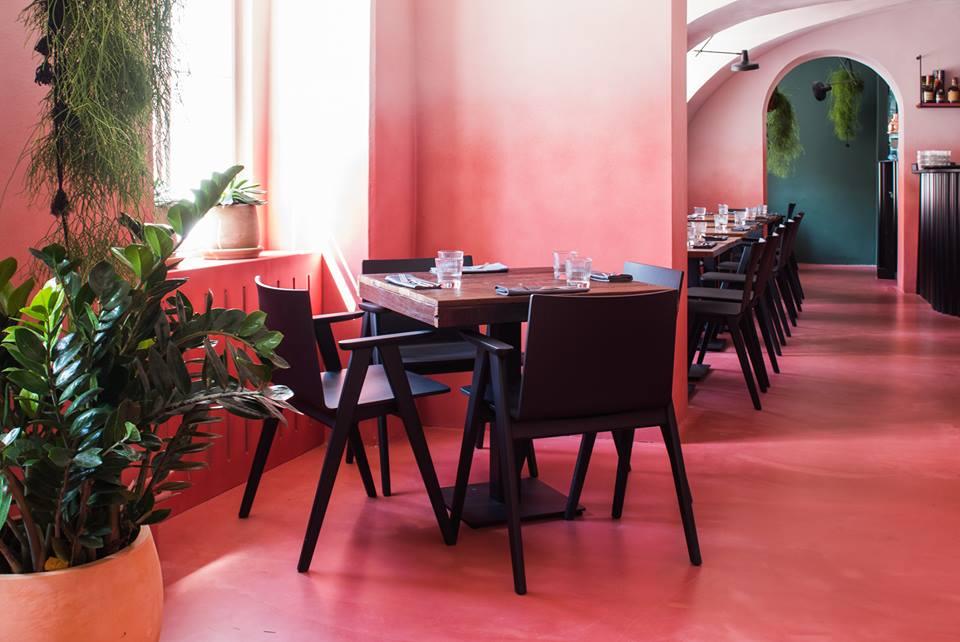 Brokenships Bistro restaurant, Zagreb, Croatia