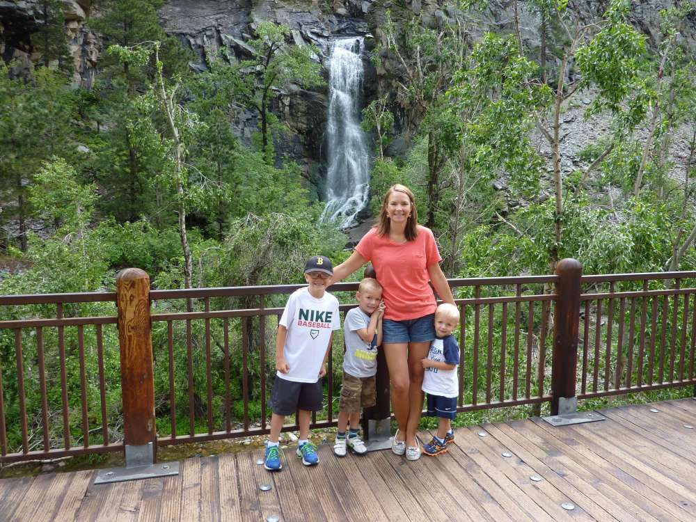 The Best Things to Do in the Black Hills with your Family featured by top US family travel blog, Travel with a Plan