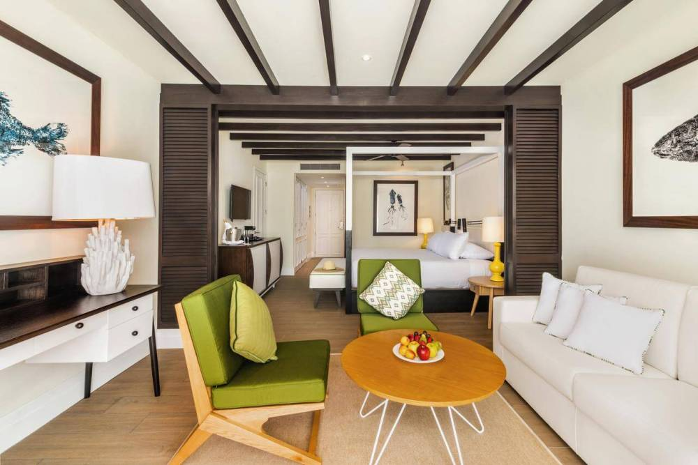 Top U.S. Travel Blog | Travel With A Plan: Ocean Riviera Paradise guest room
