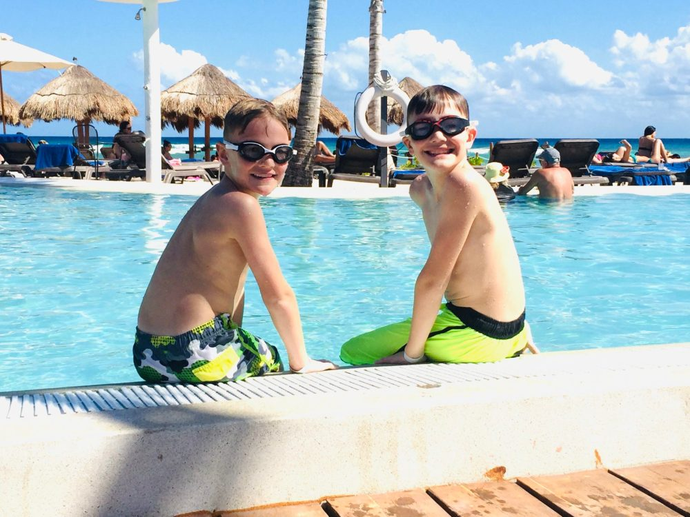 Mexico pool:  Get our ultimate Mexico packing list as well as find out the Top 9 most forgotten items!  Don't leave anything off of your list on what to pack for Mexico after you get these great tips!  #Mexicopackinglist #whatotpackforMexico #Mexicopackingessentials #whatotbringtoMexico #familyvacationpackinglist