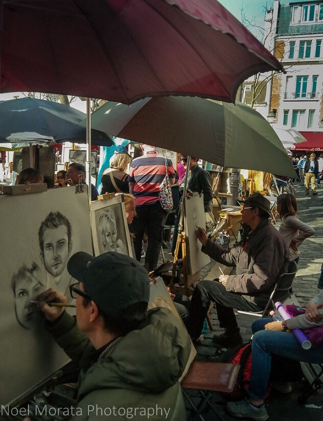 Artists on the backstreets of Montmartre