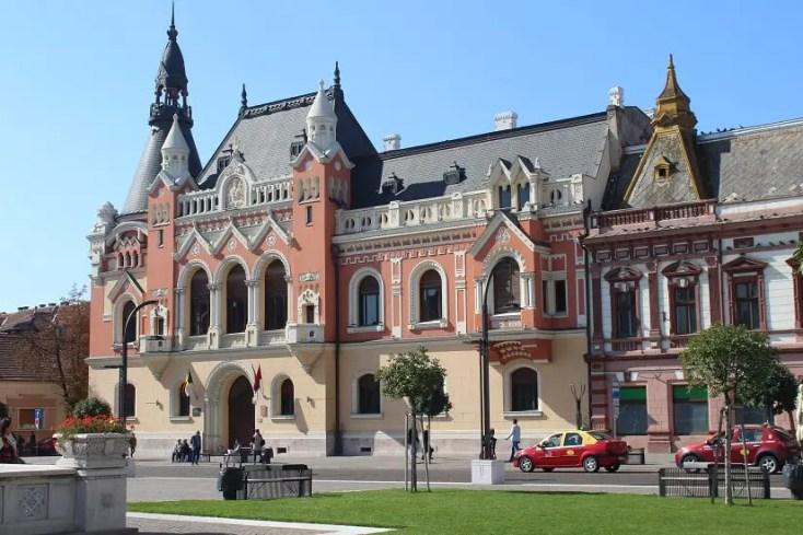 Palatul Episcopal Greco-Catolic, obiective turistice din Oradea