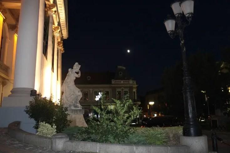 Teatrul de stat Regina Maria aflat în Piața Ferdinand