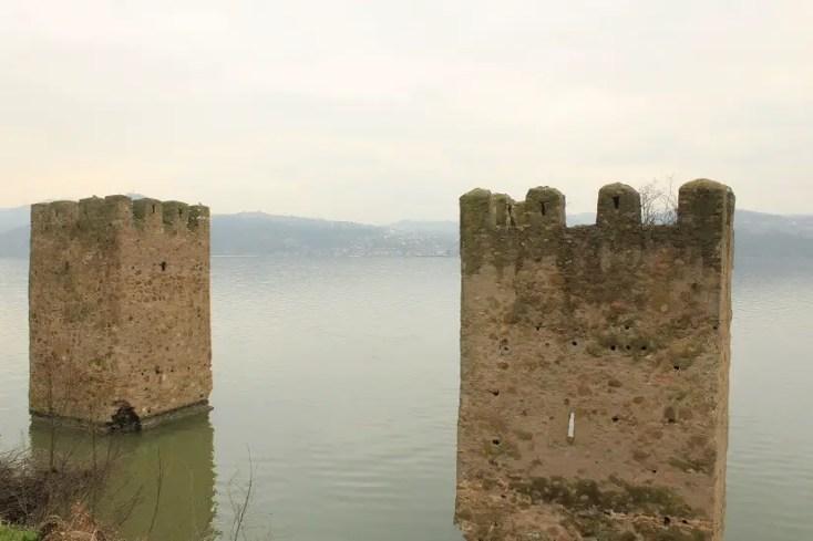 Cetatea Tricule - Defileul Dunării
