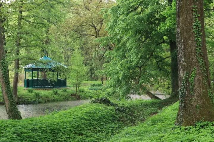 Domeniul Regal de la Savarsin, obiective turistice din judetul Arad