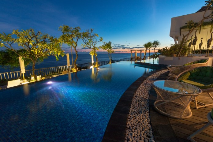 33 Stunning Photos Of Bali S Most Beautiful Luxury Beachside Resort