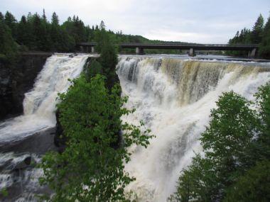 Kakabeeka Falls