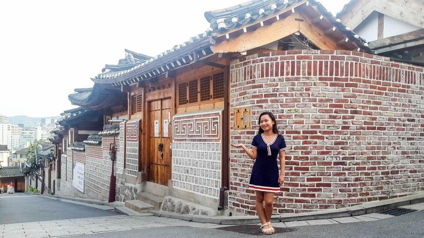 bukchon-hanok-village-travelwithkarla_-8