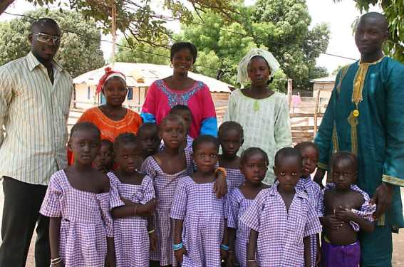 Pa Louis, Amie, Yama, Fatou and Lamin with the children of Dairuharu
