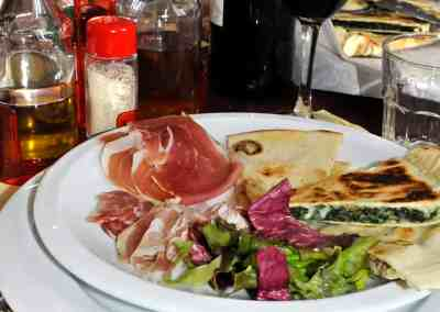 Piadina and crescione recipes from Rimini, Italy