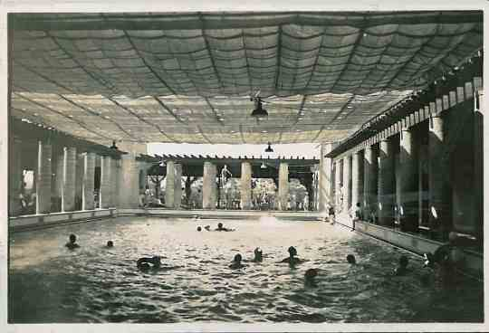 Shanghai 1938, Swimming at the Country Club