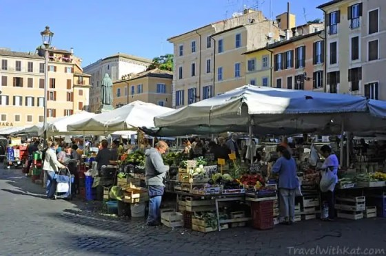 Best food in Rome at the Campo dei Fiori market