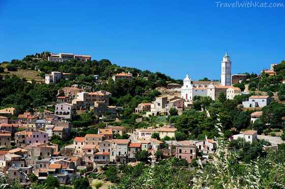 The charming hilltop town of Cobara