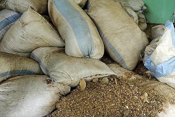 peanut shell briquettes
