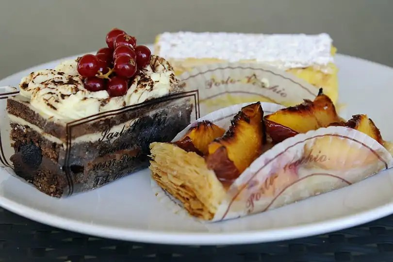 French pastries in Porto Vecchio - Corsican desserts and sweet treats