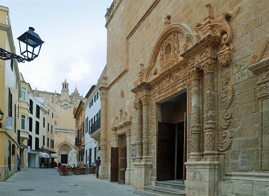 A walk through time in Ciutadella de Menorca