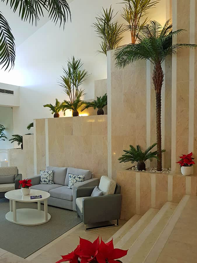 Quinta do Lago Country Club rear entrance lobby
