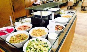Salatbuffet Turkish Airlines International CIP Lounge