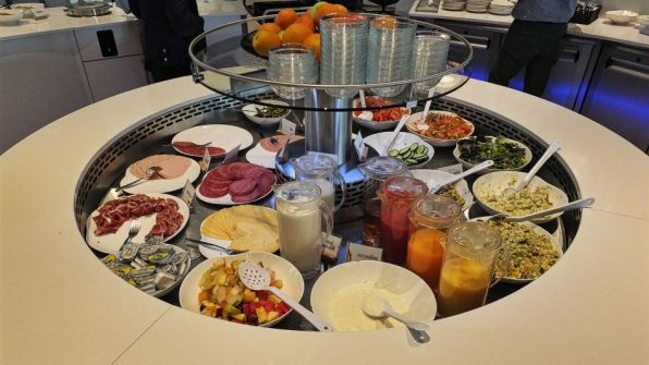 Brussels Airlines Lounge The Loft Flughafen Brüssel-Zaventem kaltes Buffet