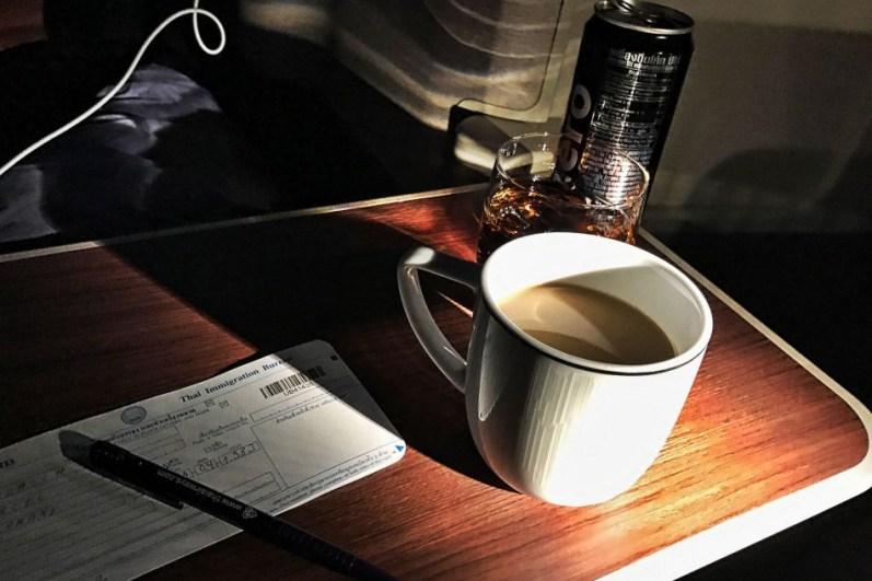 Review Thai Business Class Frankfurt - Phuket Kaffee