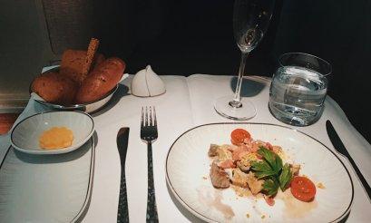 Thai Business Class Boeing 777-300ER Phuket - Frankfurt Vorspeise Dinner