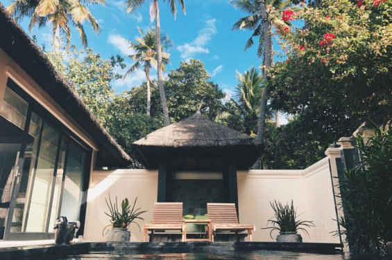 Review JA Manafaru Maldives Private Pool morgens