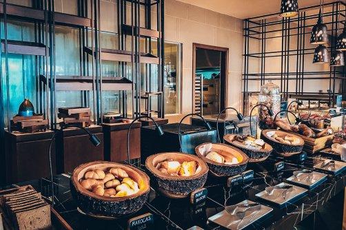 Review The Ritz-Carlton Koh Samui Frühstücksbuffett