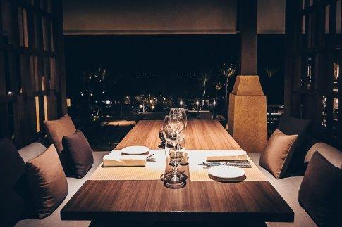 Review The Ritz-Carlton Koh Samui Restaurant Dinner