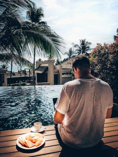 Review The Ritz-Carlton Koh Samui Massi am Pool