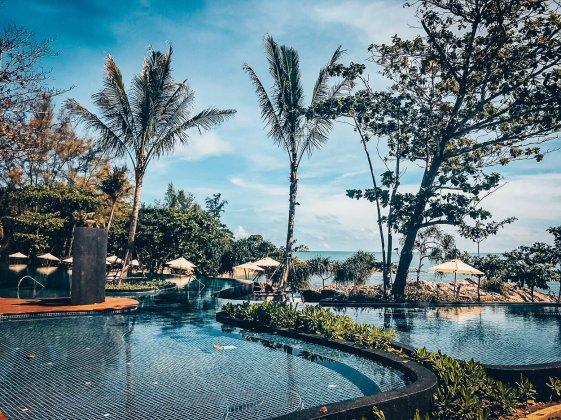 Review The Ritz-Carlton Koh Samui Pool