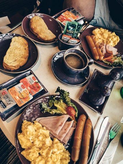 Thai Airways First Class Lounge Frühstück