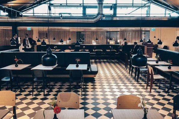 Neue Swiss Business und Senator Lounges Zürich A Senator Lounge Essbereich