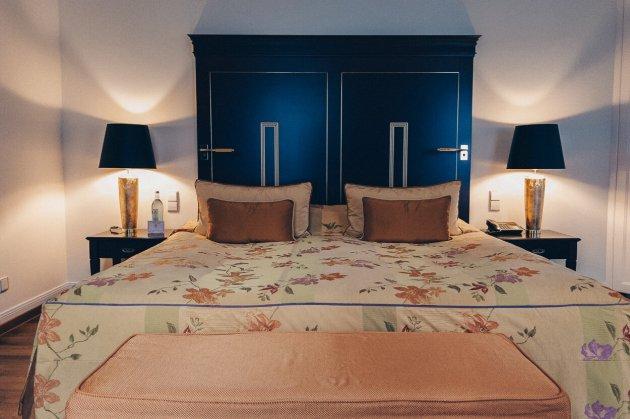 Review Bülow Palais Dresden Hotel Deluxe Doppelzimmer Bett