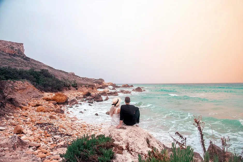 4 tips to travel the world with a full time job, Gozo