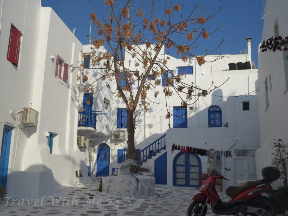 Street of Mykonos