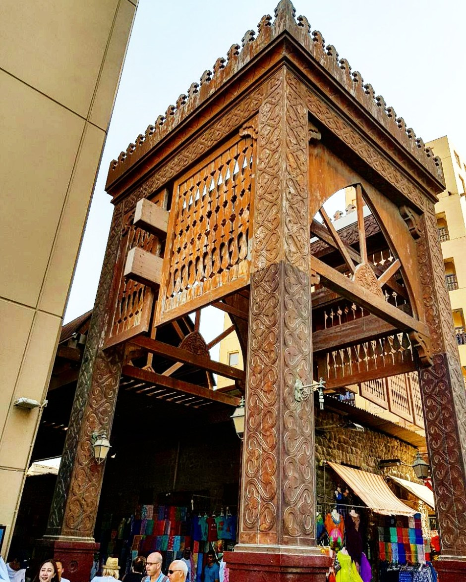 Explore Al Fahidi Souk – Travel With Me 24 X 7