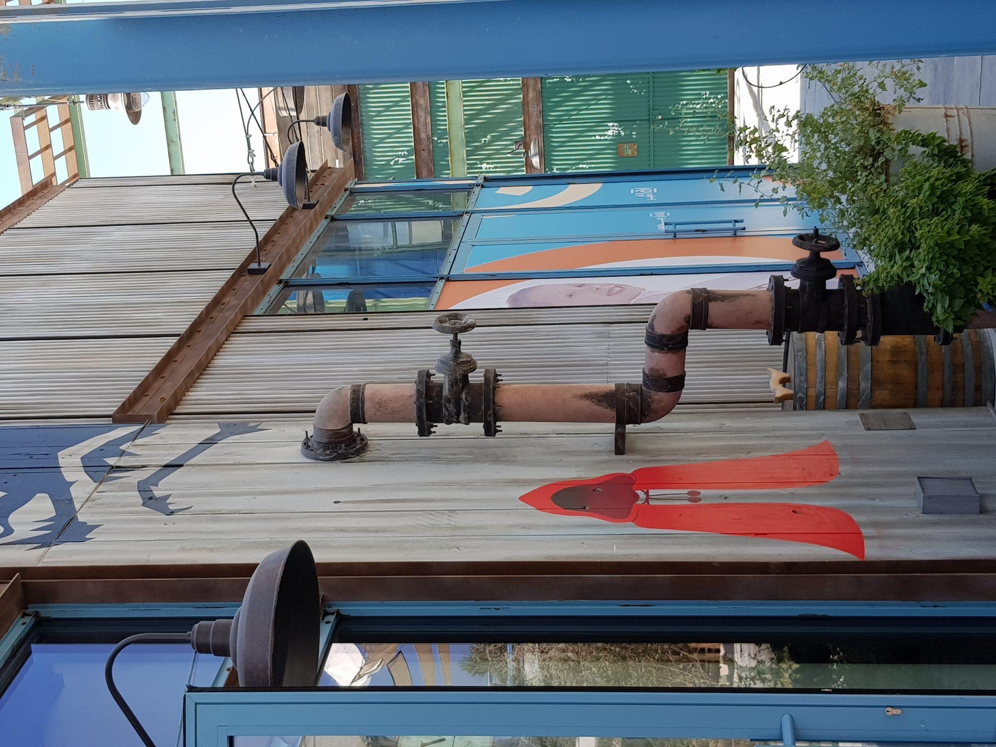 Rustic and Marine inspired decor at Eclectic Beachfront of Dubai – La Mer Beach