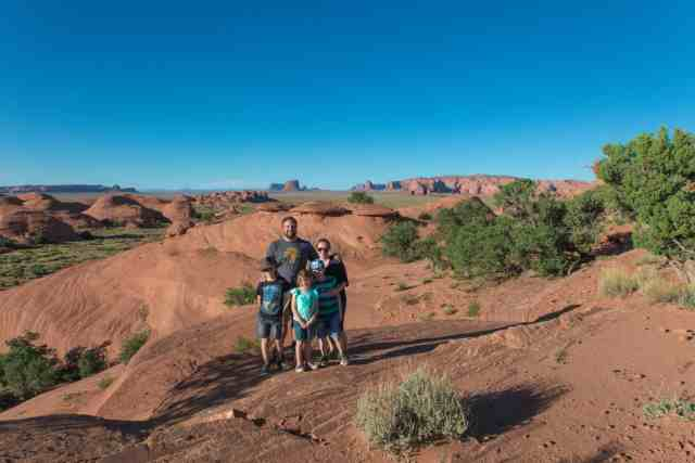 TravelwithMeraki - Travel with Kids - Monument Valley - Utah - USA