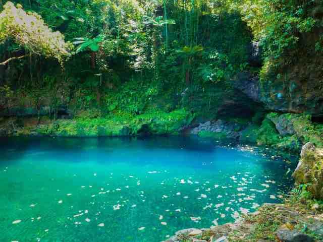 TravelwithMeraki-AfuAau-Falls-Savaii-Samoa-South-Pacific