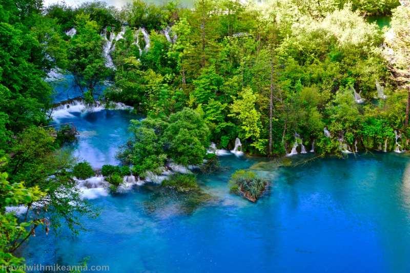 漂亮的藍綠對比