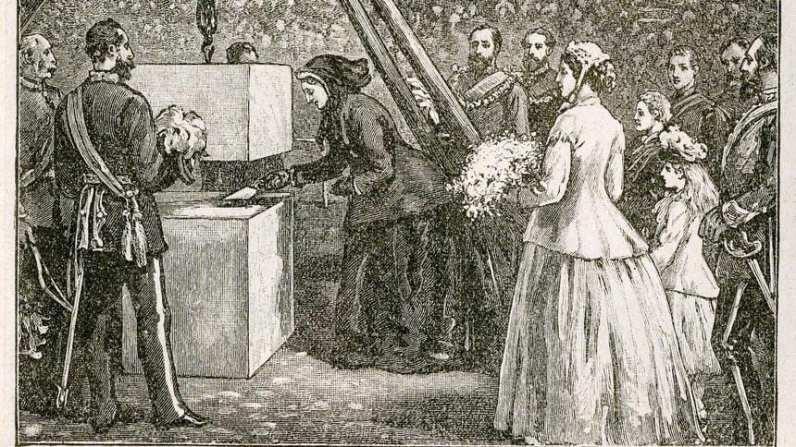 1867年5月20日,維多莉亞女王立下了第一塊基石