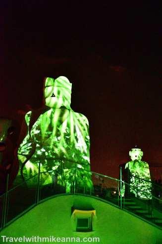 2016 09 12 Barcelona_ 6_Casa Mila at night (3)